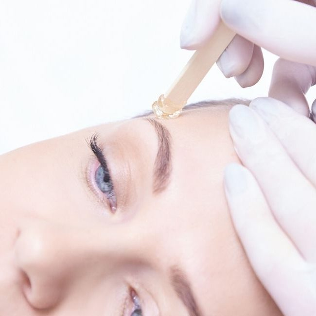 Facial and eyebrow waxing Linde Esthetics